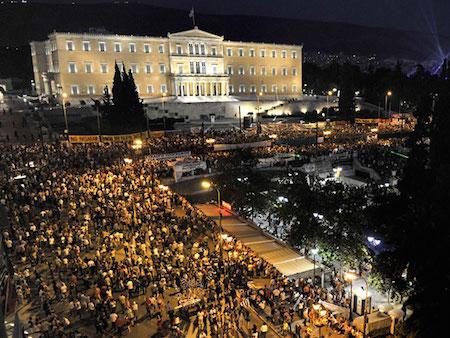 Syntagma-square-9-30-8e5b73adfe4f3ad97a743f36a87a5546-