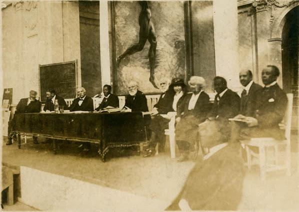 Du_bois_pan_african_congress_1921-