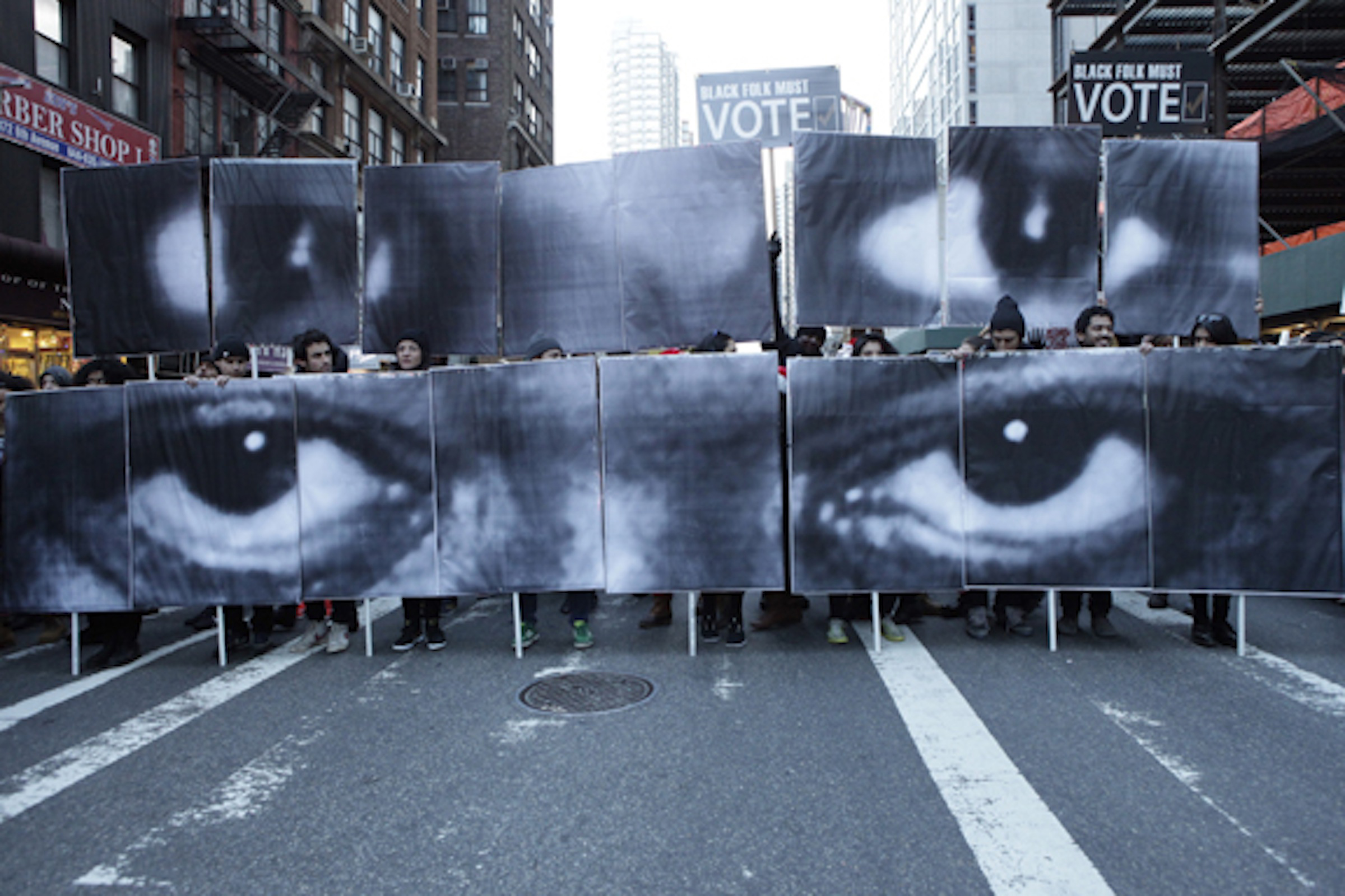 Mizue_eyes_start_protest-