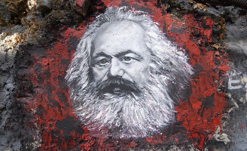 Karl_marx__painted_portrait-