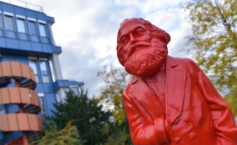 Marx_figure_trier-