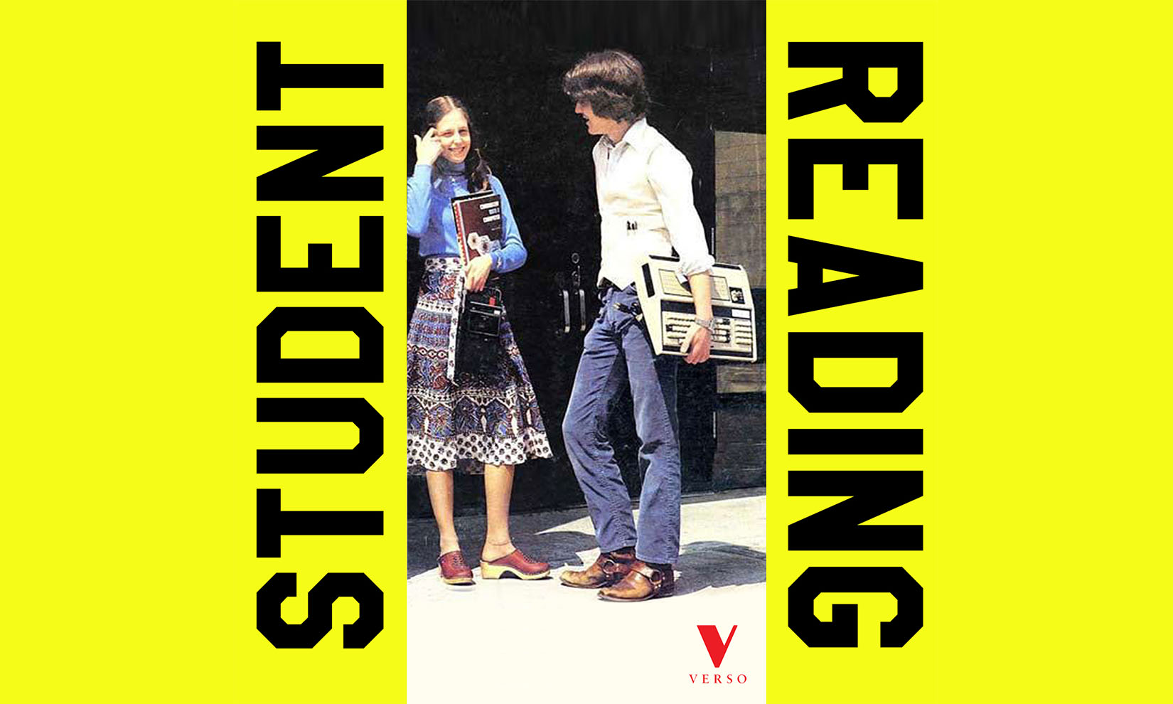 Verso_student_reading_2-
