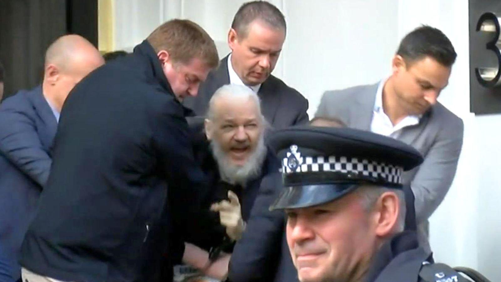 1554979786_616_wikileaks-founder-julian-assange-arrested-in-london-
