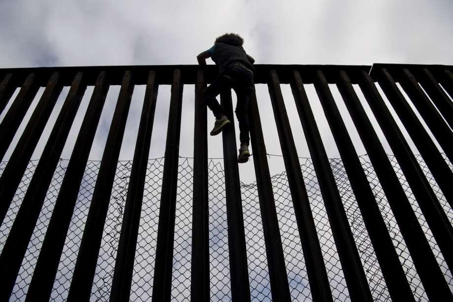 Borders_3-