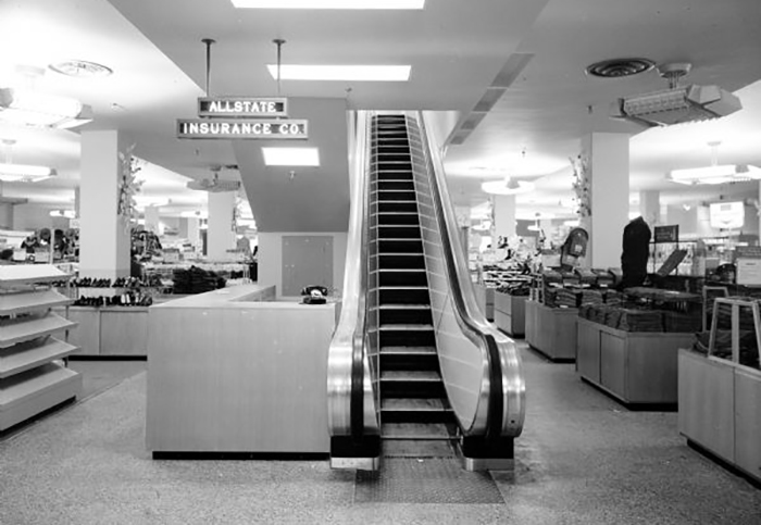 Department_store_black_and_white-