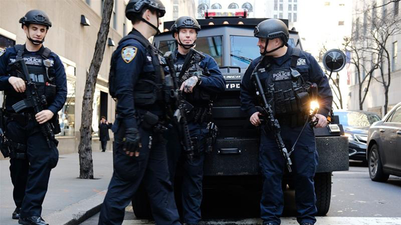 Armed_police_nypd-